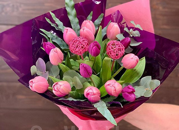 Tulips bouqet