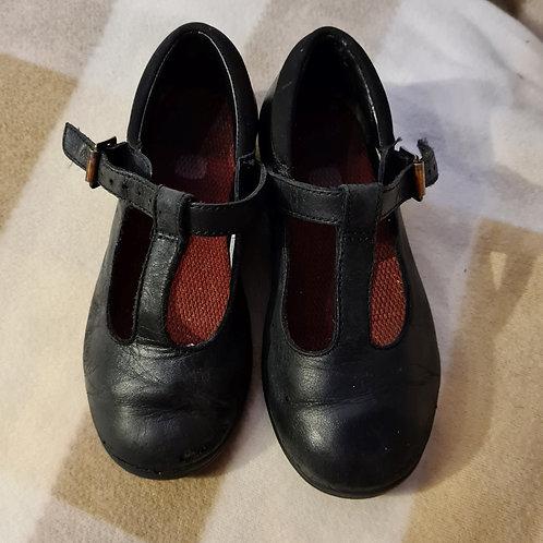 Girls T-Bar School Shoes - 8.5 G