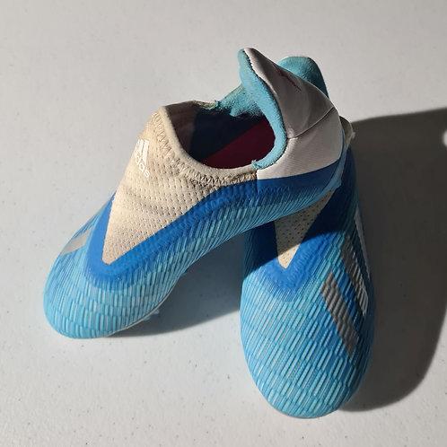 Girls Footbal boots - size 12.5