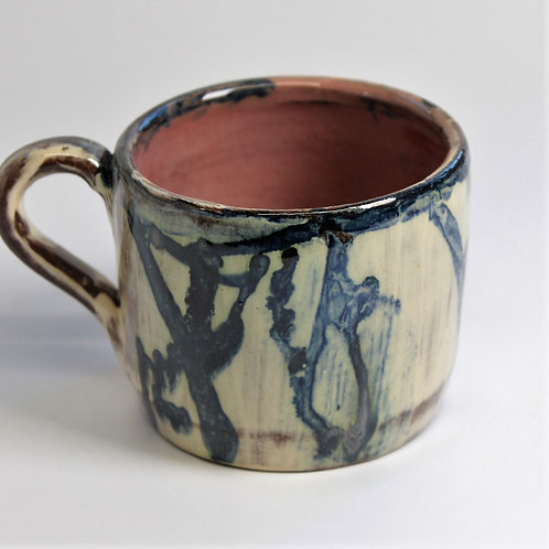 Seaweed Mug with pink interior