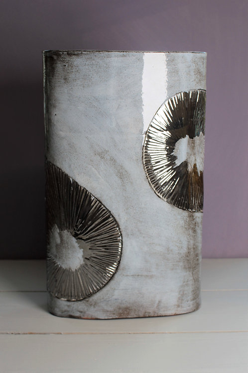 Large Shell Vase Platinum