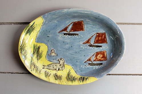 Seals on the Shore Dish