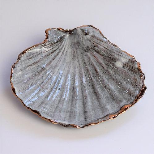 Lustred Ceramic Shell