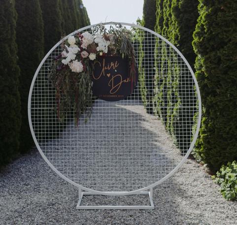 Wire Grid Frame