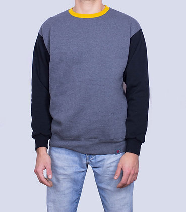 THREE-COLOR SWEATSHIRT