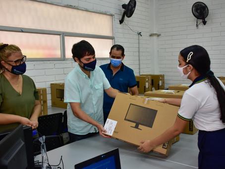Más de 1.100 estudiantes serán beneficiados con portátiles en instituciones de Barranquilla