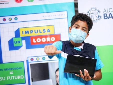 500 estudiantes en Barranquilla han sido beneficiados con  donación de equipos tecnológicos