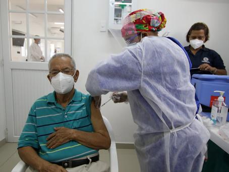 Barranquilla solicita autorización para aplicar vacunas a personas mayores de 65 años