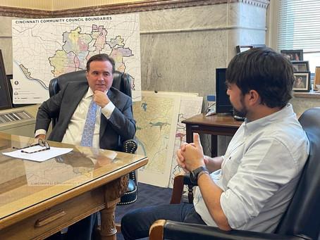 """""""Está en el camino correcto"""": alcalde de Cincinnati sobre Barranquilla y las energías renovables"""