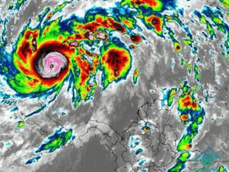 Huracán ETA aumenta a categoría 4 y mantiene en alerta al Caribe colombiano