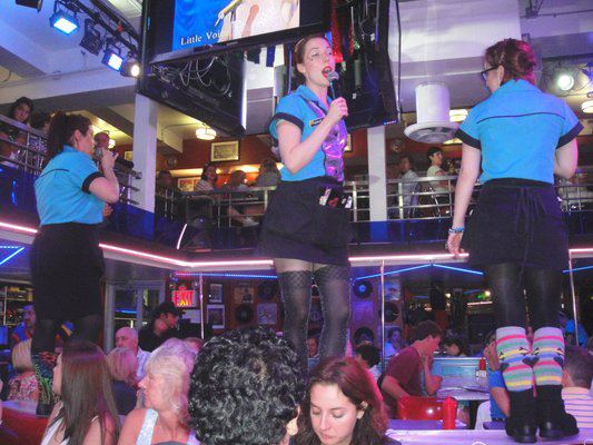 Ellen's Stardust Diner (Little Voice Performers)