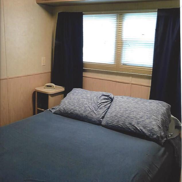 B48 bedroom 2.jpg