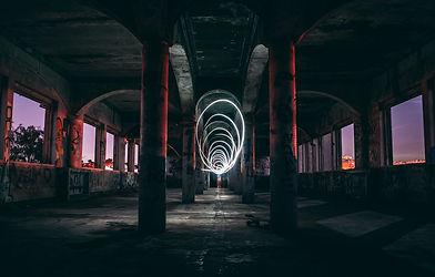 2k-background-light-white-spiral-buildin