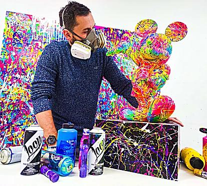 Vincent Bardou dans son atelier