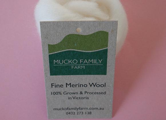 Merino sliver sample, undyed.