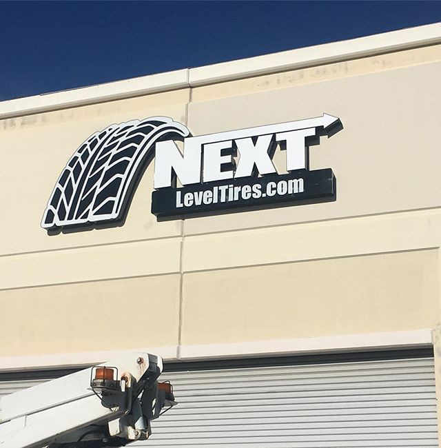 Stand Out!! Exterior shop signs draw att