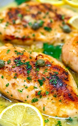 Lemon Chicken Picatta Served With Roasted Potatoes & Green Beans
