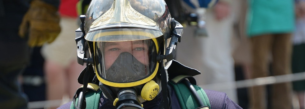 Firefighter ready to intervene