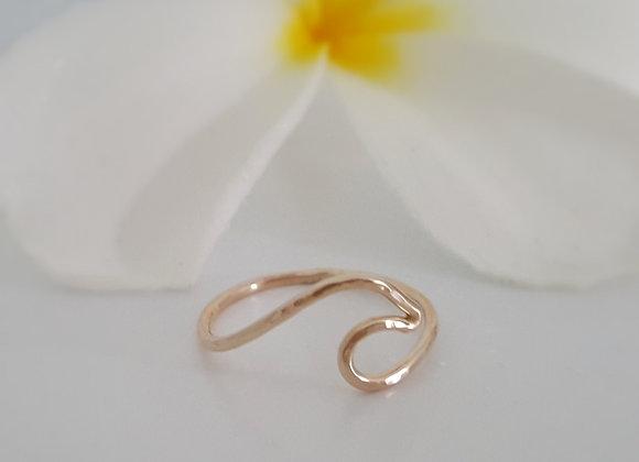 Genuine 14 Karat Gold Wave Ring