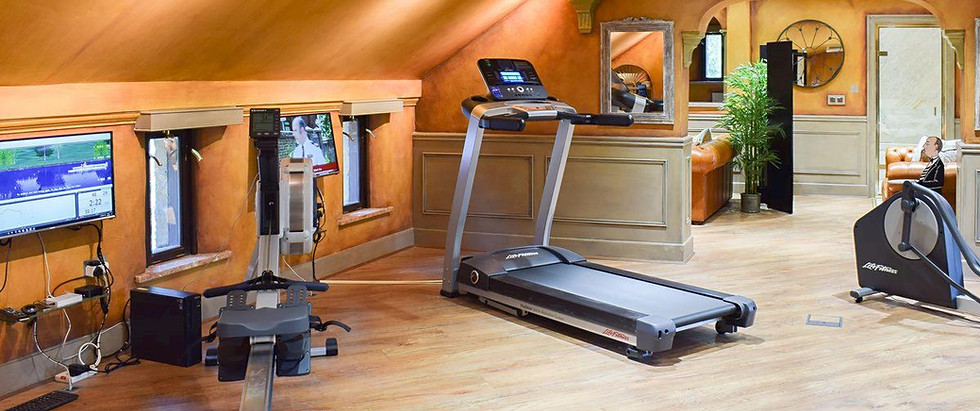 On-site shared Gym Red House Farm Holida