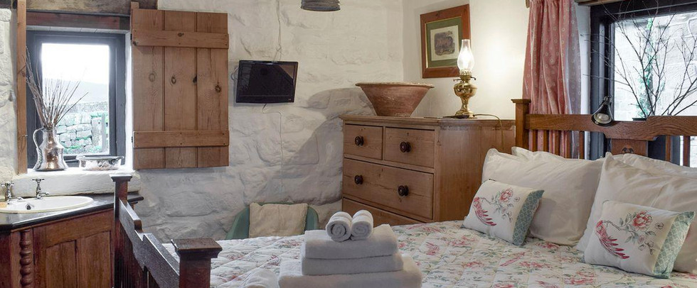 Second Bedroom.The Old Sheaf Store Red House Farm Glaisdale