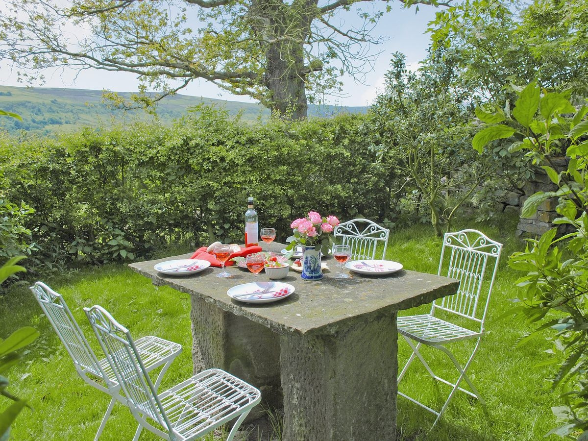 Barbecue Area | Red House Farm Glaisdale