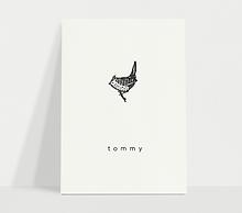 Tommy-wit-geboortekaart.png