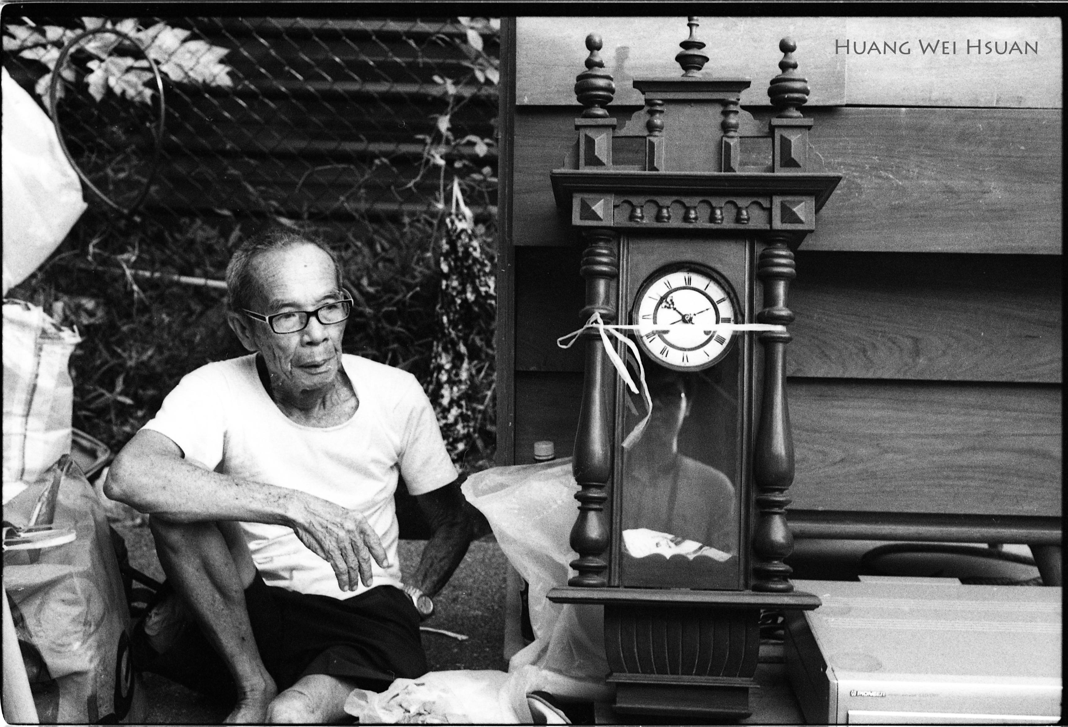 Huang GrandfatherClock