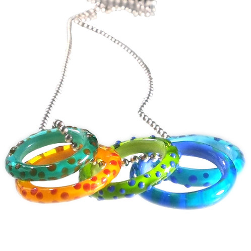 5 ring multi colour necklace