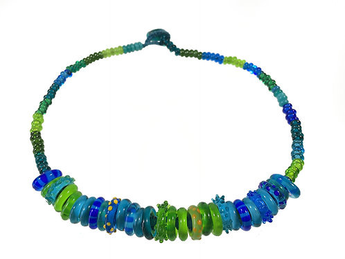Zoom hoopla necklace