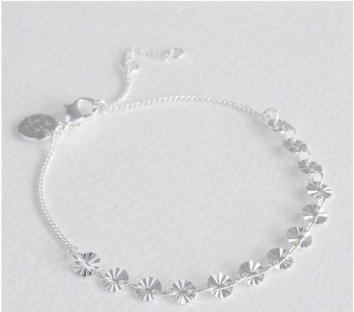 Diamond Tip Disc Bracelet in Silver