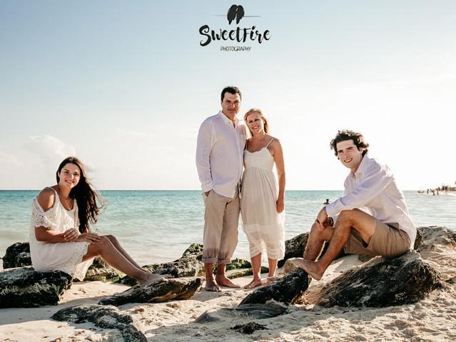 playa del carmen family photographer