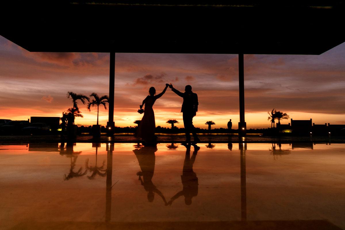 Best sunset Wedding Portraits riviera Maya