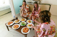 girls eating before getting ready