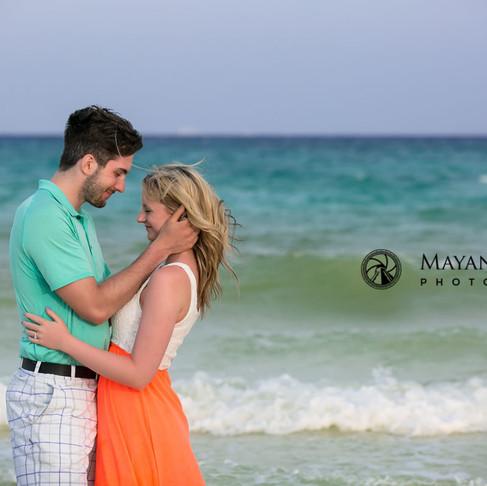 Dallen & Kristen. Surprise Proposal. Engagement Photography Riviera Maya.