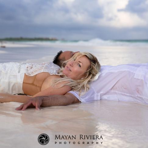 Becky & Drew. Simple Elopement at Xpu Ha beach.