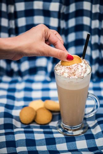 01-Cappuccinos-Espresso tiramisu frappe.