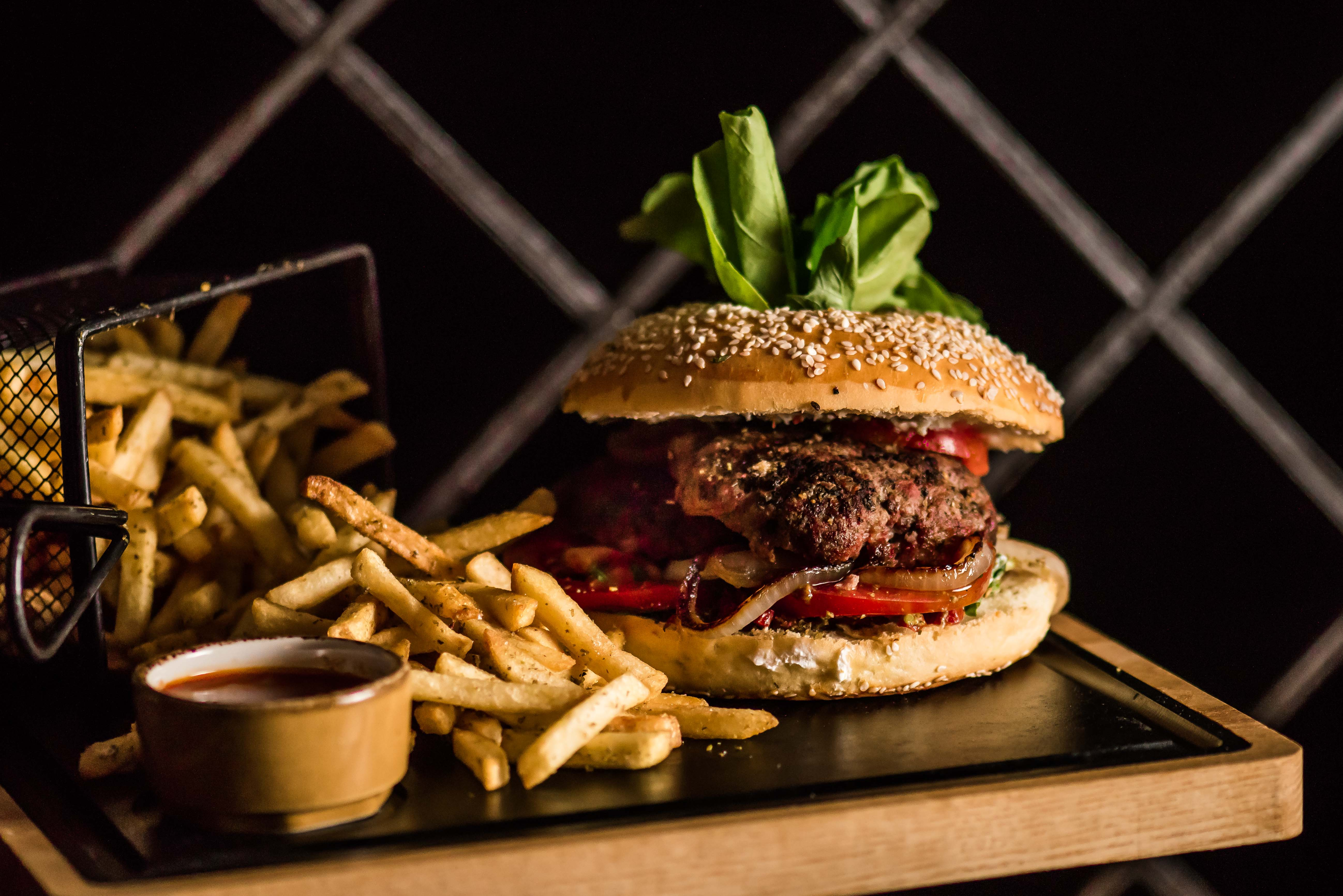 Ministry of Burgers_Burger