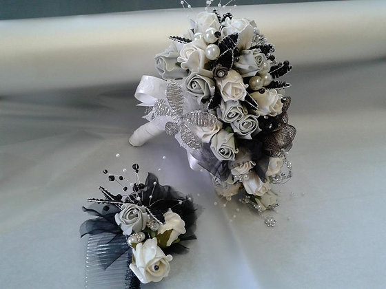 Gothic Bridal Posy & Matching Hair Comb