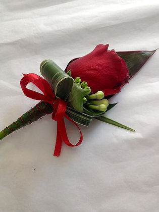 Grooms Buttonhole, 'Rose Amour'