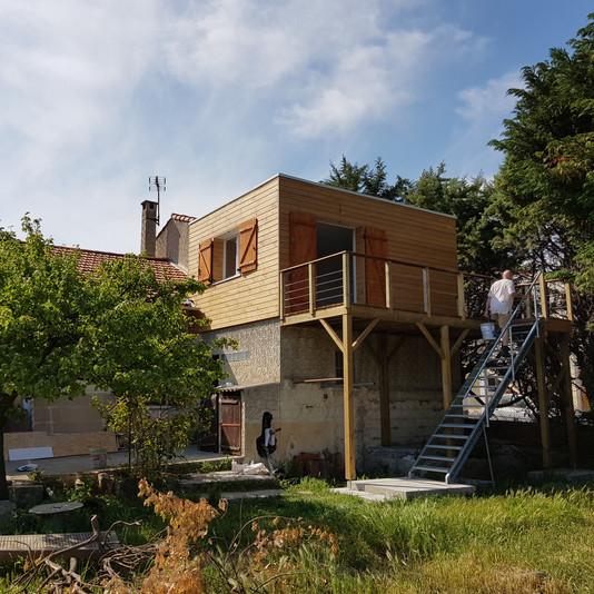 Surélévation ,finition bardage, terrasse suspendue