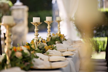 selective-focus-of-candlesticks-on-table