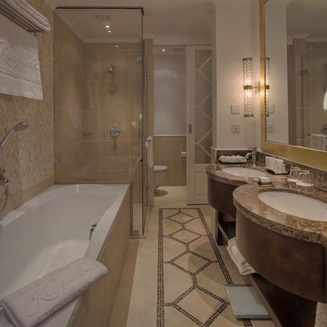 Hotel Guestroom Bath