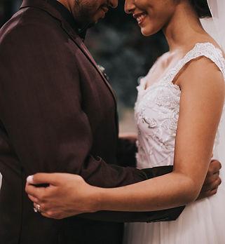 affection-beautiful-bride-1869347.jpg