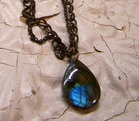Elemental NRG Necklace - Labradorite Blues