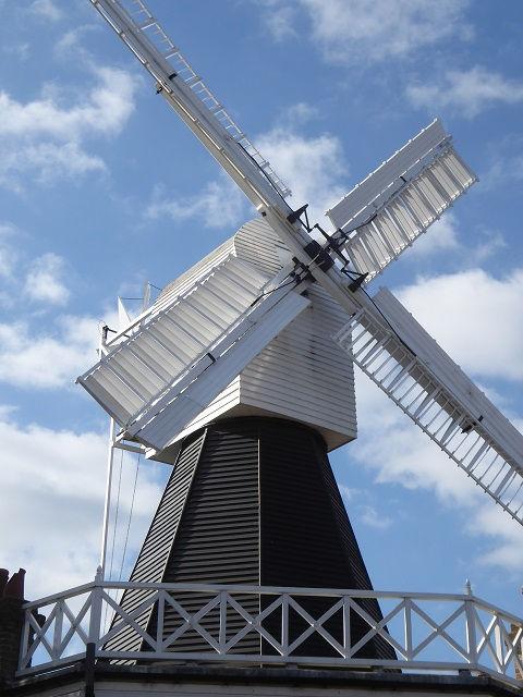 Wimbledon windmill (4).jpg