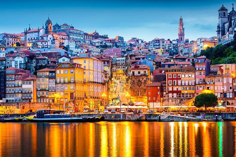 Clérigos-Tower-Porto.jpg