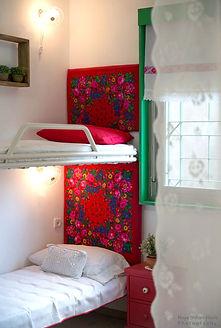 עיצוב חדר בהוסטל לנערות