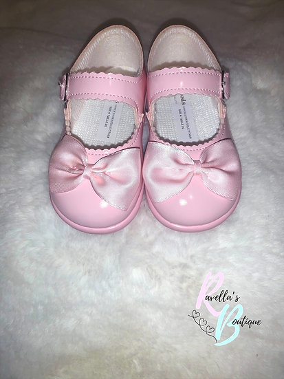 Girls walking shoes with bow (with soles) - pink