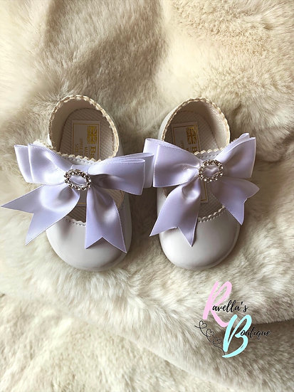 Girls shoes with diamante and large bow - white